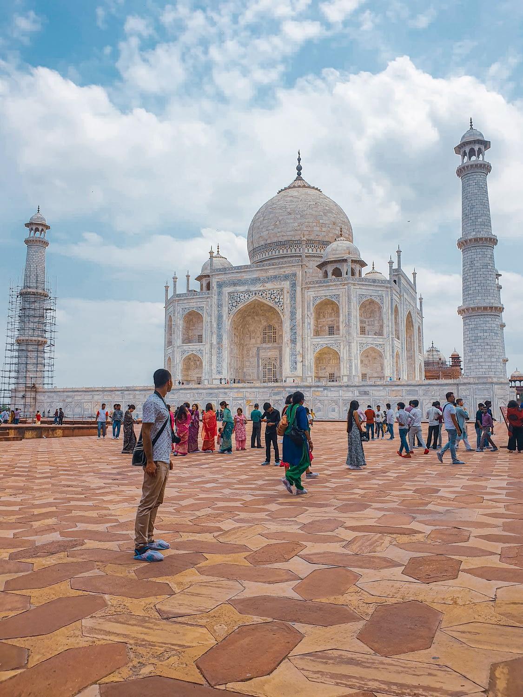 Taj Mahal – Agra Travel Guide